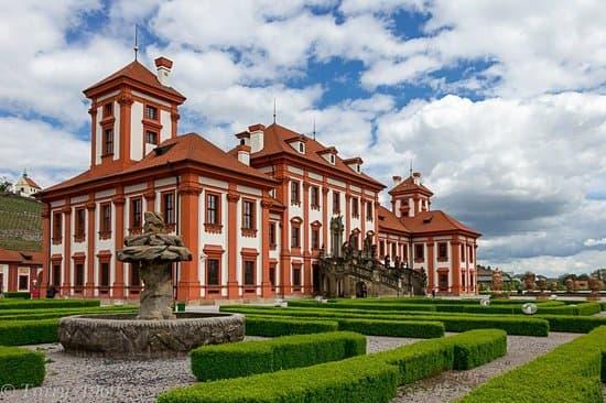 Замок Троя Прага Чехия