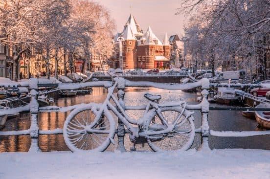 Автобусный тур в Амстердам на Новый год. Турфирма You Travel в Витебске