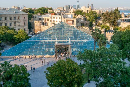 Тур Баку